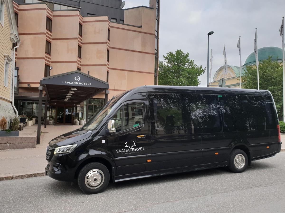 Tilausajot ja yrityskuljetukset Oulu Saaga Travel